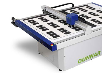 Gunnar 4001 cutter machine helps create perfect mounts everytime