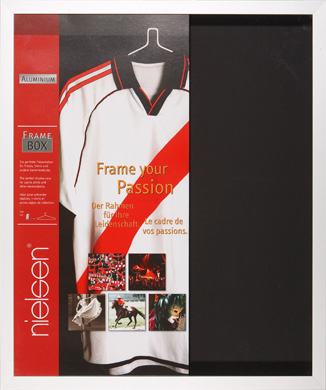 Nielsen Football Shirt Silver Picture Frame, 70x90cm (R5170104)
